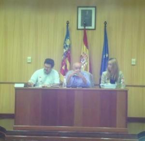 El Alcalde, en el primer pleno tras su imputación.